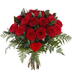 Bukiet 20 róż z sercem
